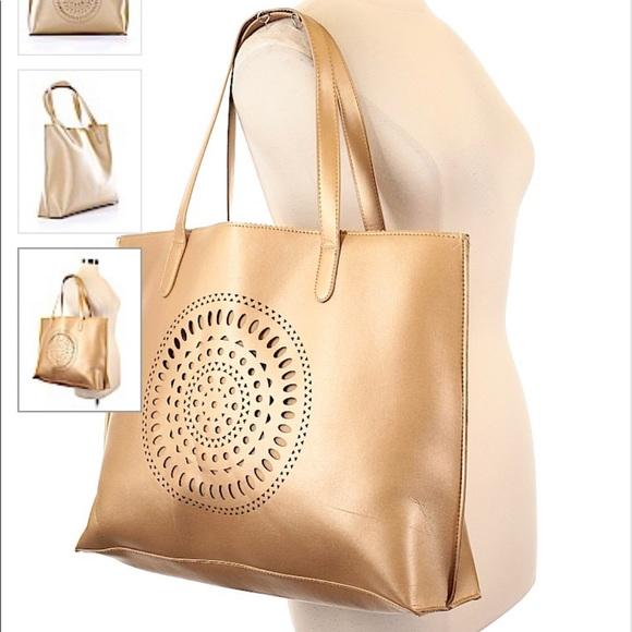 Neiman Marcus Handbags - Neiman Marcus Tote